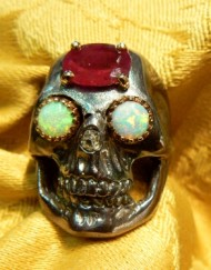 great-ruby-skull