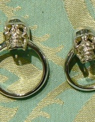 wedding skull ring_800x600