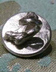 button skull 1_800x600