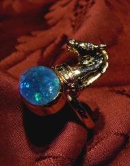 anello cavallo opale_800x600