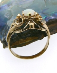 vintage ring opal_800x600