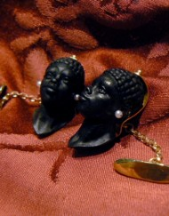 head cufflinks moors