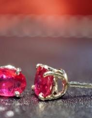 rubini orecchino