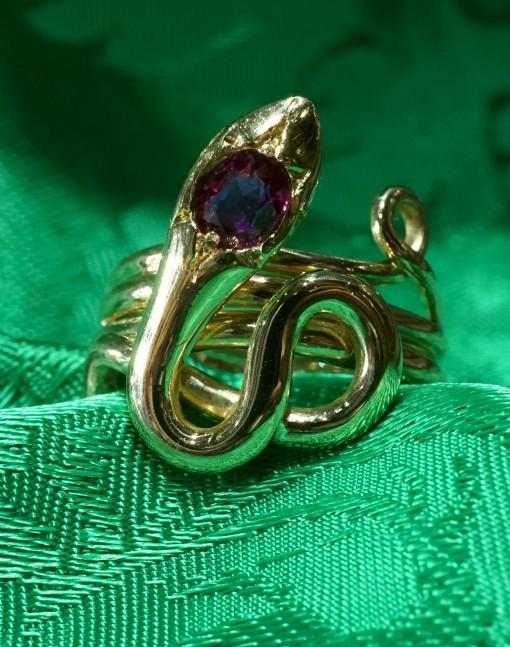 serpente anello