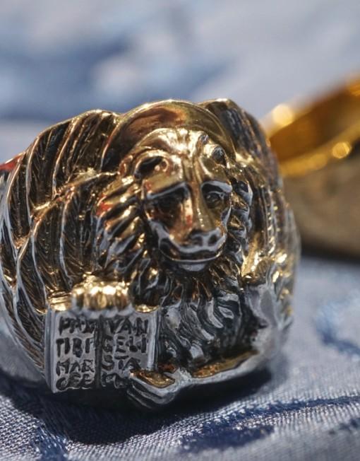 leone alato anello